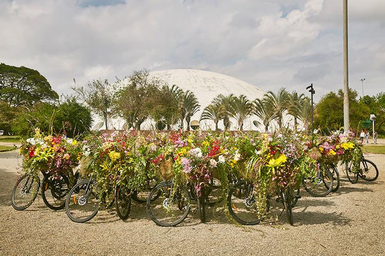 azuma-makoto-flower-messages-sao-paolo