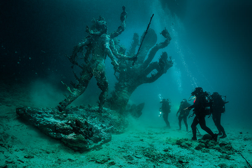 hydra and kali discovered by four divers photo by christoph gerigk