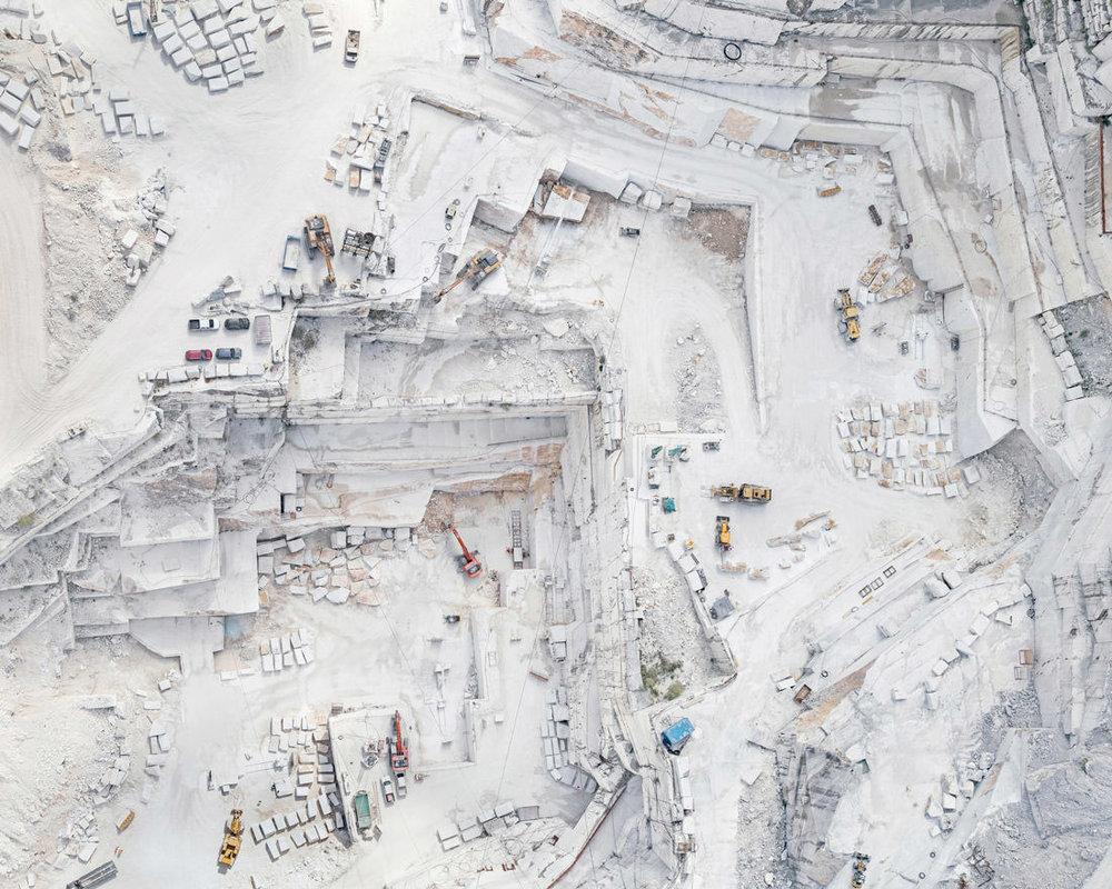 bernhard-lang-carrara-marble-03