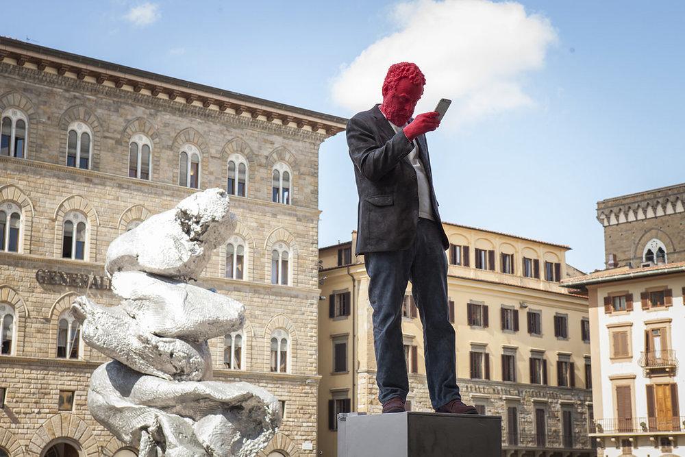 Urs Fischer, Francesco, 2017, Courtesy of the Artist, Photo by Mattia Marasco / MUS.E (l'opera è il ritratto del critico Francesco Bonami e attualmente è stata ritirata per sicurezzza. La misura sarà solo temporanea)