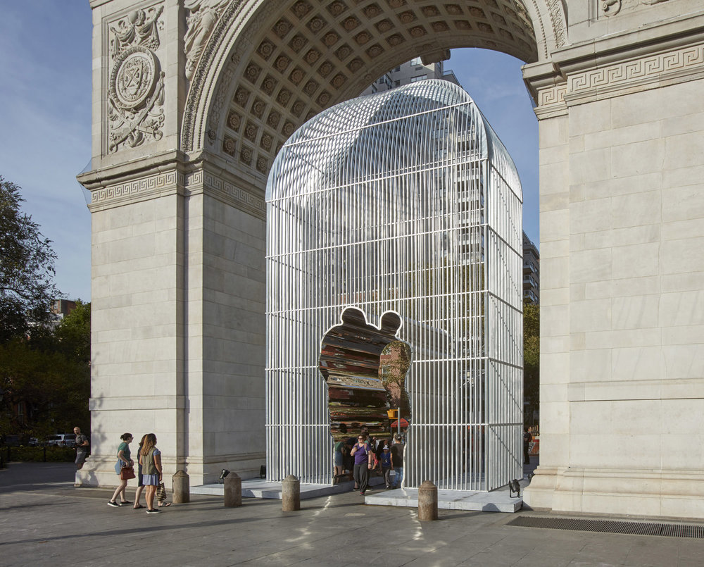 Ai Weiwei Arch, 2017 Galvanized mild steel and mirror polished stainless steel Courtesy of Ai Weiwei Studio/ Frahm & Frahm Photo: Ai Weiwei Studio