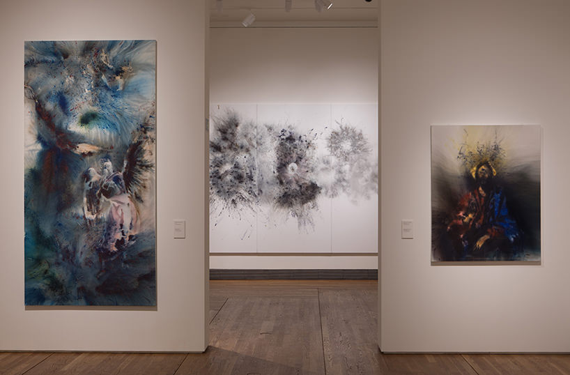 "immagine delle gallerie espositive ""spirit of paiting. cai guo-qiang at the prado '; photo by wen-you cai, courtesy cai studio"