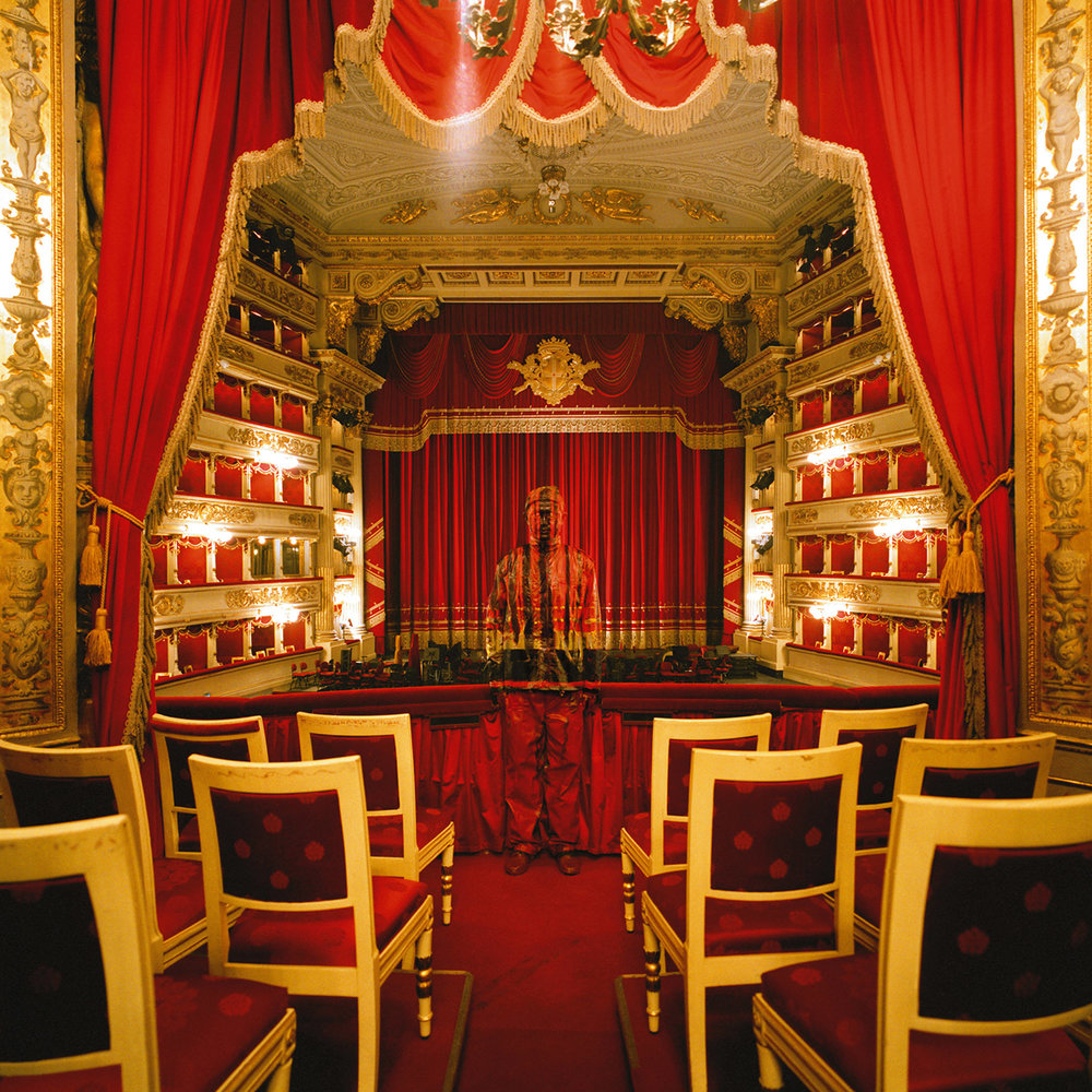 Liu Bolin, Teatro alla Scala  No.1, Courtesy Boxart Verona