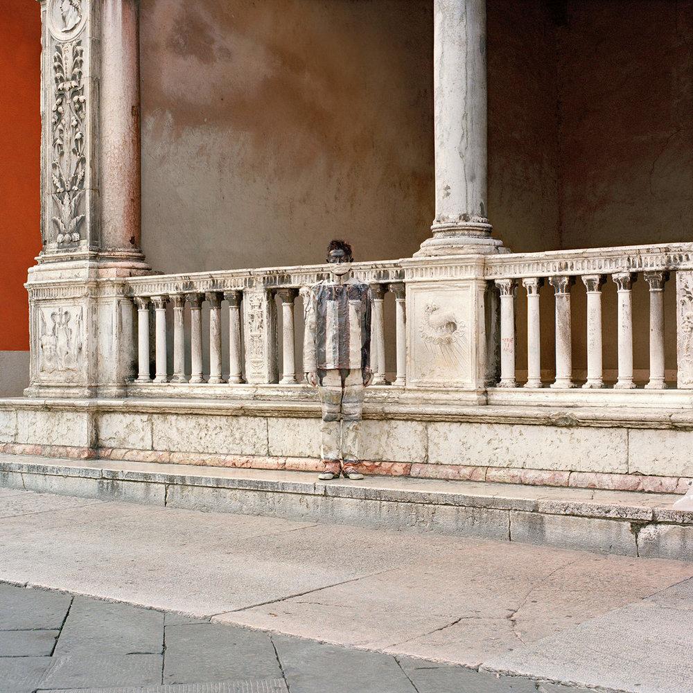 Liu Bolin, Loggia di Fra Giocondo, Courtesy Boxart Verona