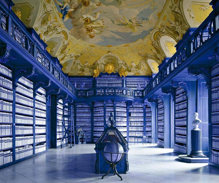 Biblioteca di Seitenstetten, Austria 1994. © MassimoListri