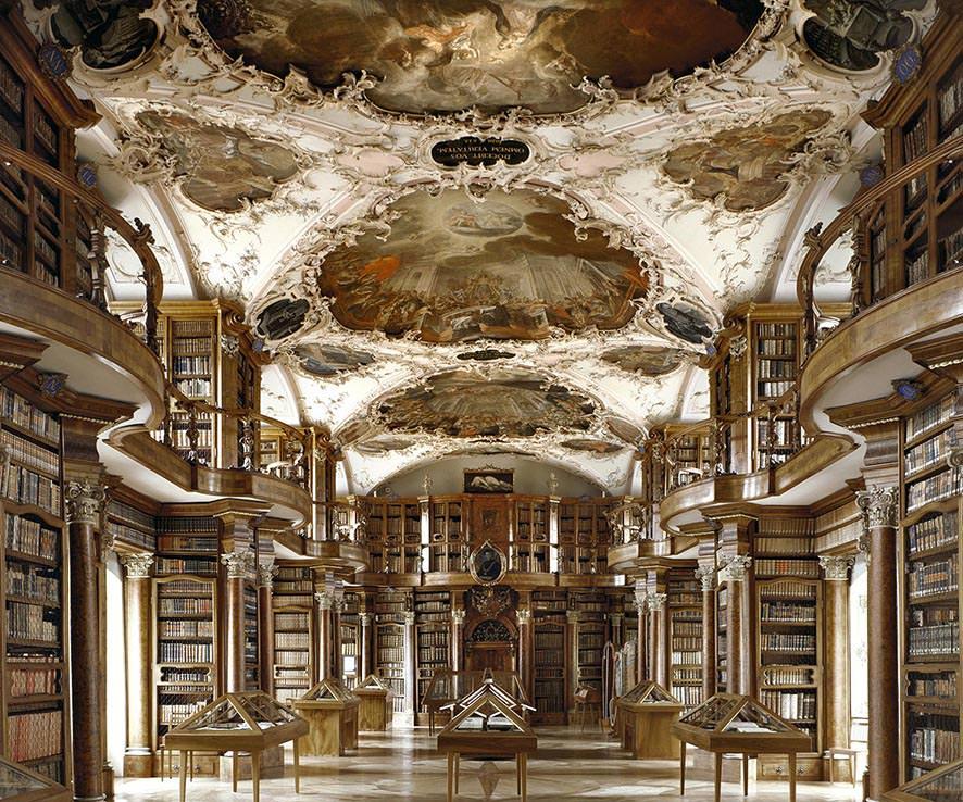 Biblioteca di St. Gallen, Svizzera 2002, © MassimoListri