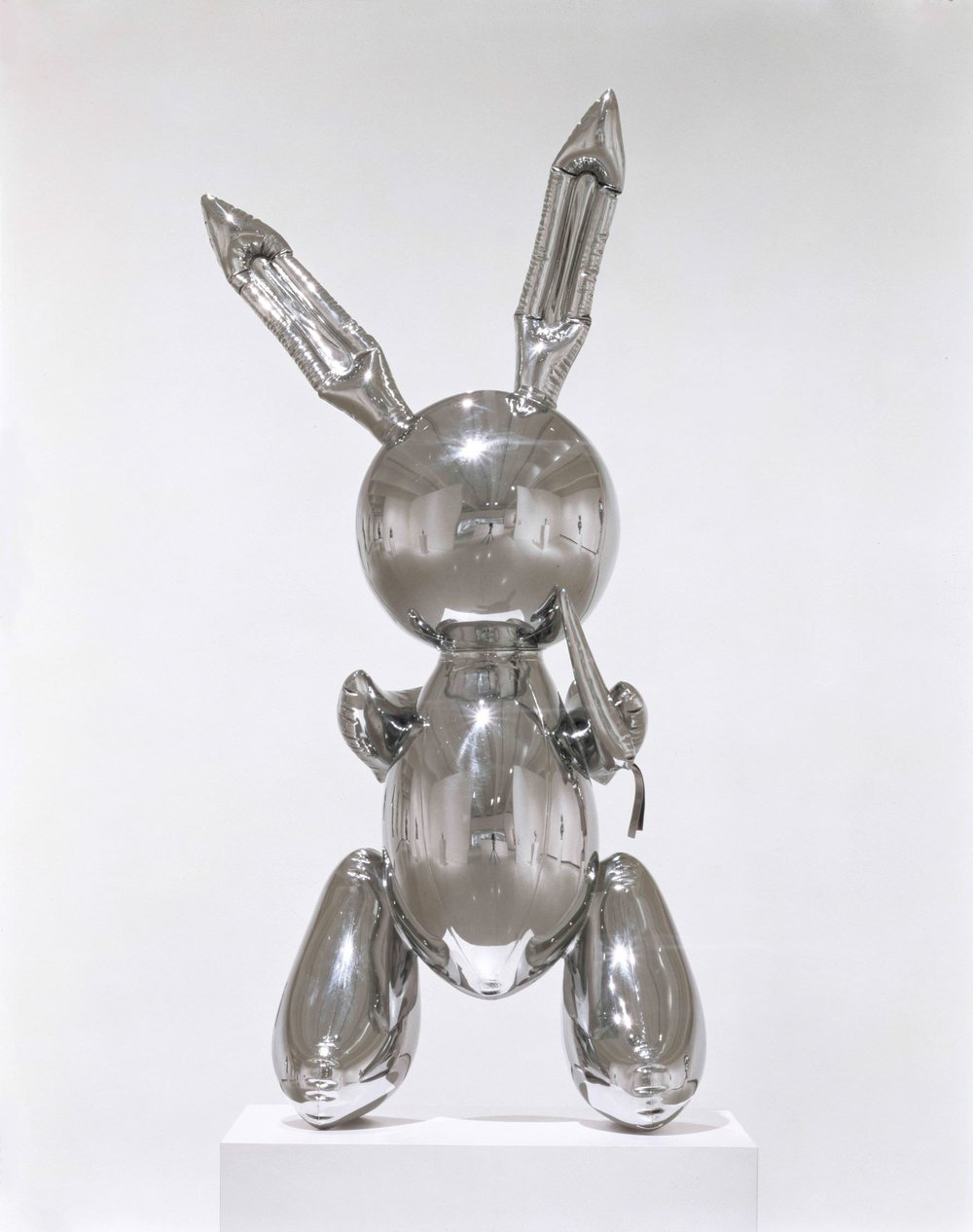 Jeff Koons (b. 1955); Rabbit; 1986; Stainless steel; 104.1 x 48.3 x 30.5 cm; Edition 3 of and edition of 3 plus AP; The Eli and Edythe L. Broad Collection © Jeff Koons