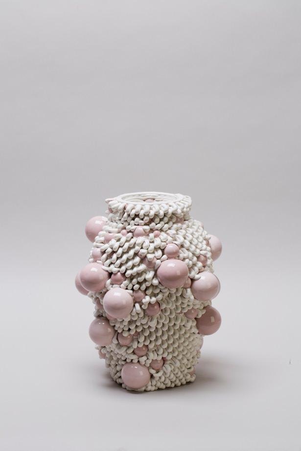 Andrea Salvatori, in collaborazione con WASP, Composizione 40100#12, ceramica, 2019, h 35 30 x 30 cm