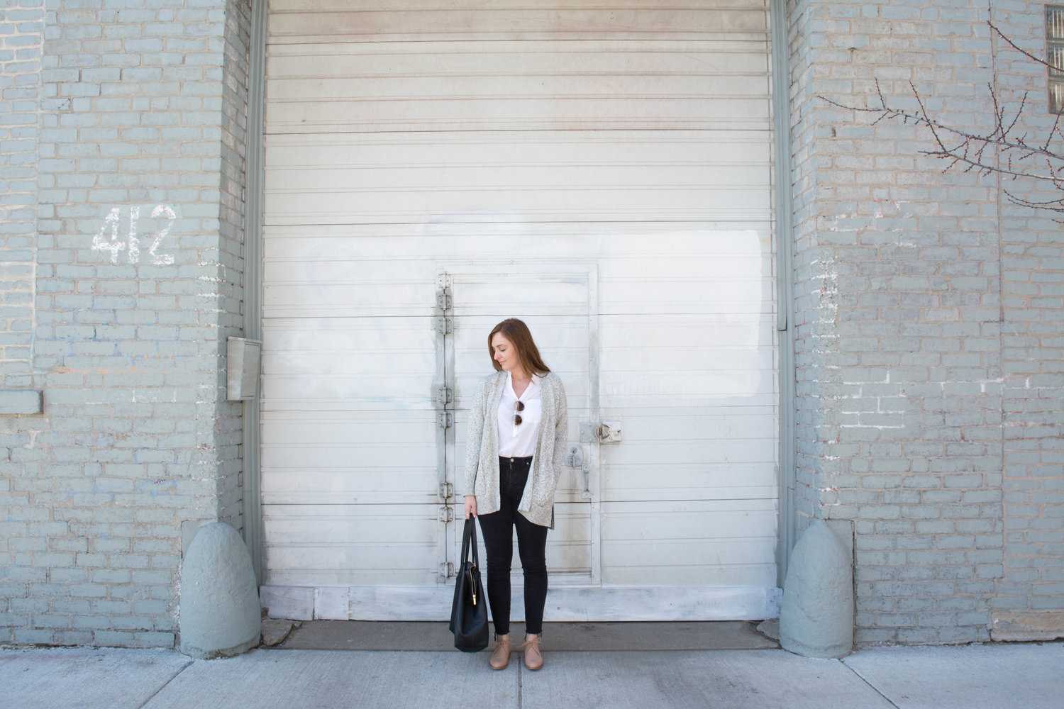 ee01d9f99aa EVERLANE MODERN OXFORD REVIEW — The Thoughtful Closet