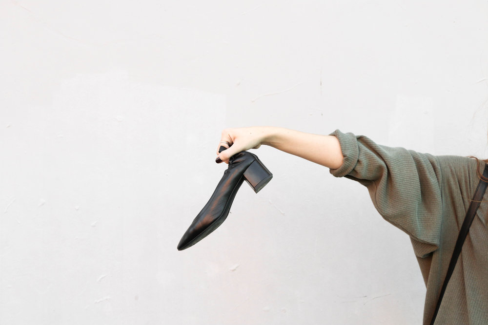 the-thoughtful-closet_everlane_day-heel-review-40.jpg