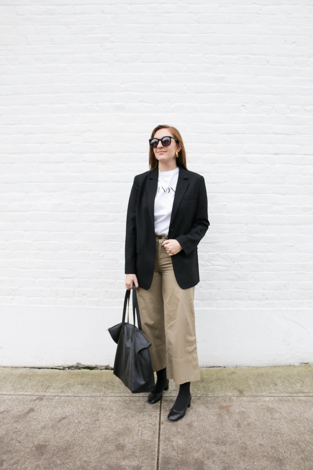 the-thoughtful-closet_everlane-oversized-blazer-review_-1.jpg