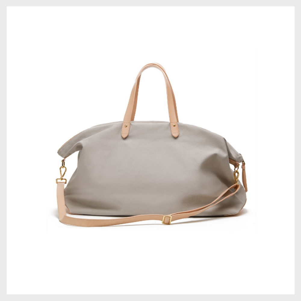 Cuyana,  The Weekender Bag