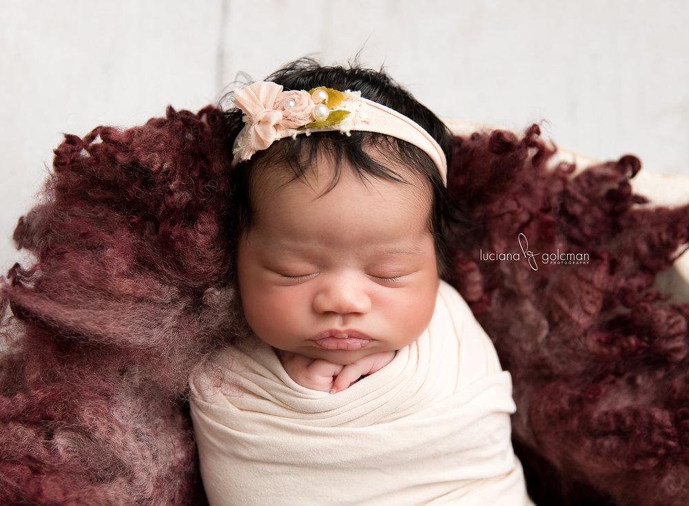 NewbornGabriellaC15LucianaGolcman copy.jpg