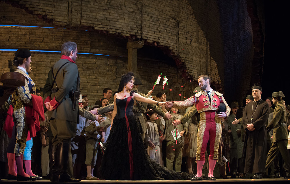 Sophie Koch in the title role and Kyle Ketelsen as Escamillo in Bizet's   Carmen  . Photo by Karen Almond/ Metropolitan Opera.