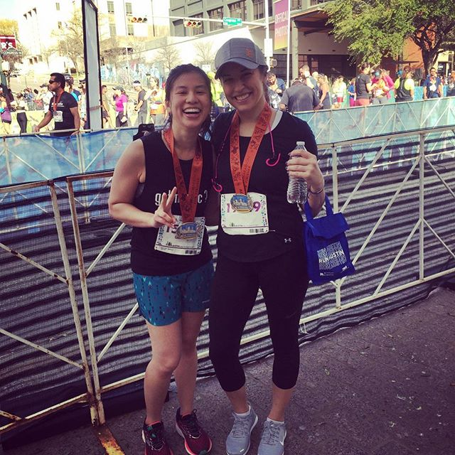 my first half marathon. i can't even. 😭thank you @mathy0u for your support and @jardin.telling for running it with me! we did it!