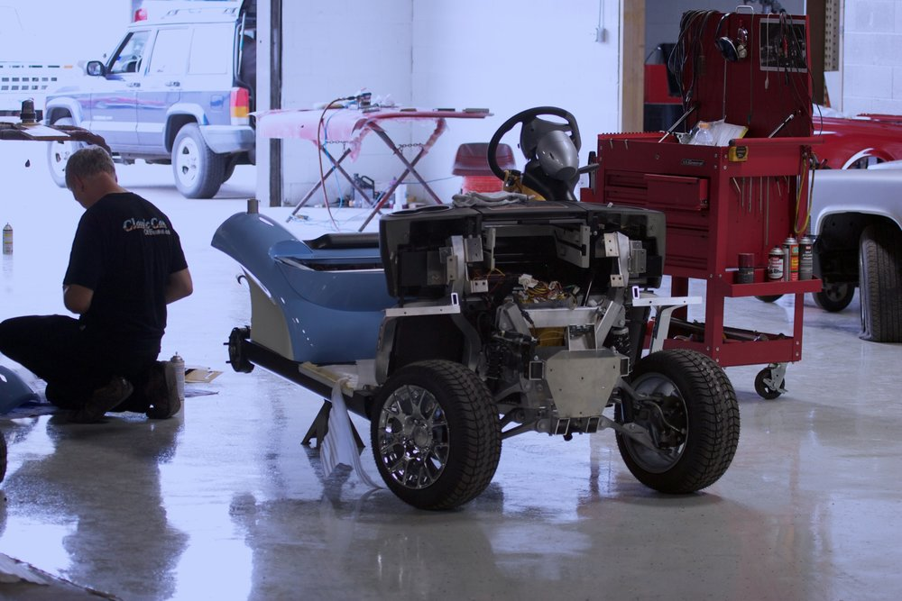 007_Michael Jordan Golf Car-assembly.jpg