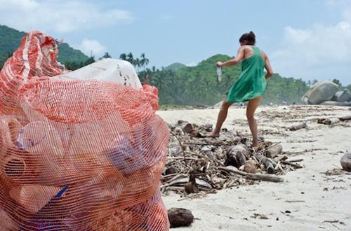 clean-up-the-beach-blue-the-film