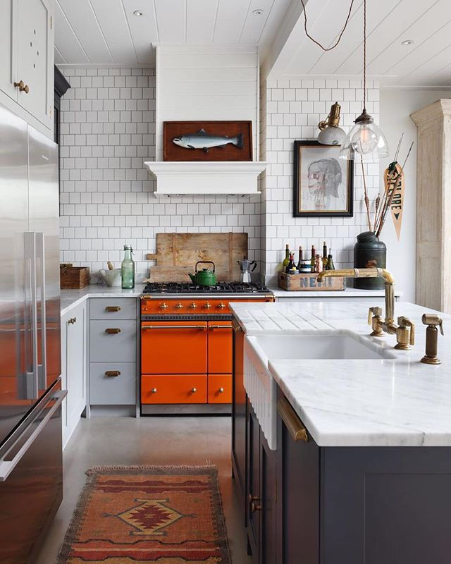 🍊 Toms kitchen 🍊 a bold pop of colour in our director Toms London kitchen . . . #lacanche #orange #colourpop #interiordesign #tomhouse #haminteriors #designinspo #kitchendesign #waterworks #reclaimedmaterials #kitchenstyle #marble