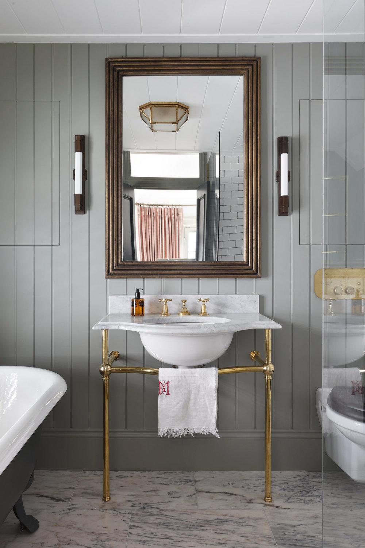 Ham+Interios+The+Views+En+Suite+Bathroom+4.jpg