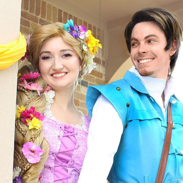 Have you always dreamed of seeing the floating lights? They're coming to Austin and we'll be there with @waterlanternfestival to see them with all of you! . #princessperformer #lanternfestival #atx #austin #austinevents #austintexas #rapunzel #flynnrider #disney #disneycosplay #tangled #tangledcosplay #facecharacter #rapunzelcosplay #flynnridercosplay #pflugerville #roundrock #cedarpark #marblefalls