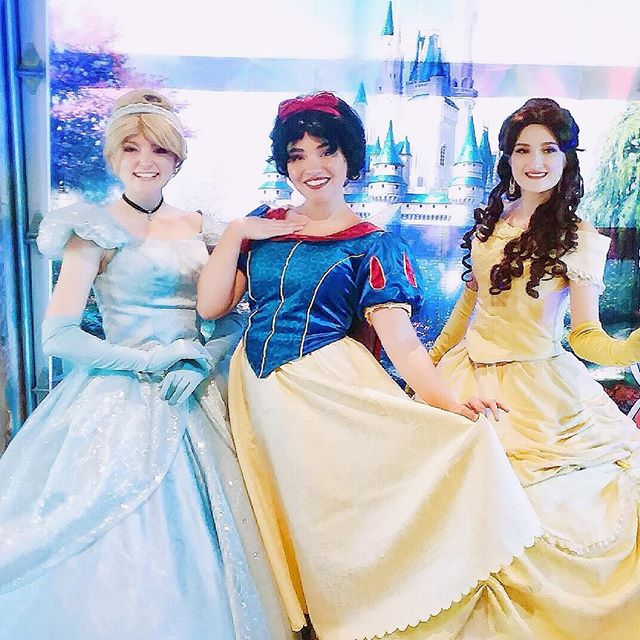 Princess and pancakes is a magical combination! Thank you to everyone who visited with us at @theridgemarketplace 💖 #princessday #princesses #princessperformer #partyperformer #princessparty #facecharacter #disneyprincess #beautyandthebeast #cinderella #snowwhite #princessbelle #kerrville