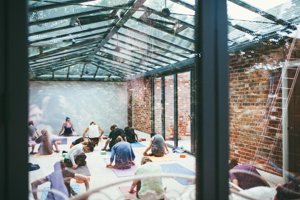 Fishley-Hall-Norfolk-Yoga-Retreat-Photography-Photographer-Darina-Stoda-Devon-1.jpg