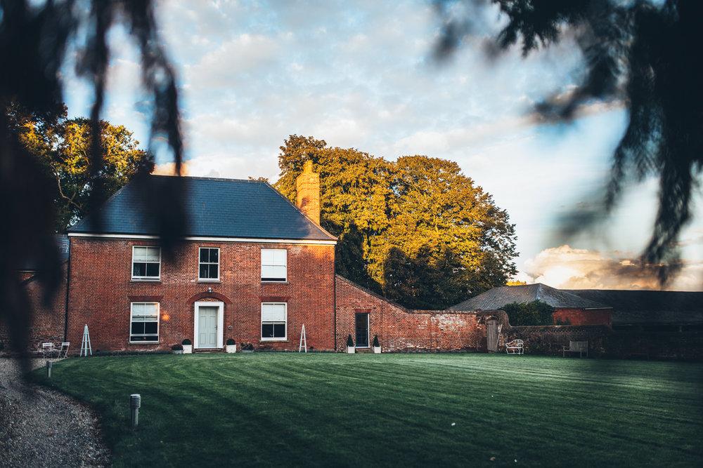 Fishley-Hall-Norfolk-Yoga-Retreat-Photography-Photographer-Darina-Stoda-Devon-20.jpg