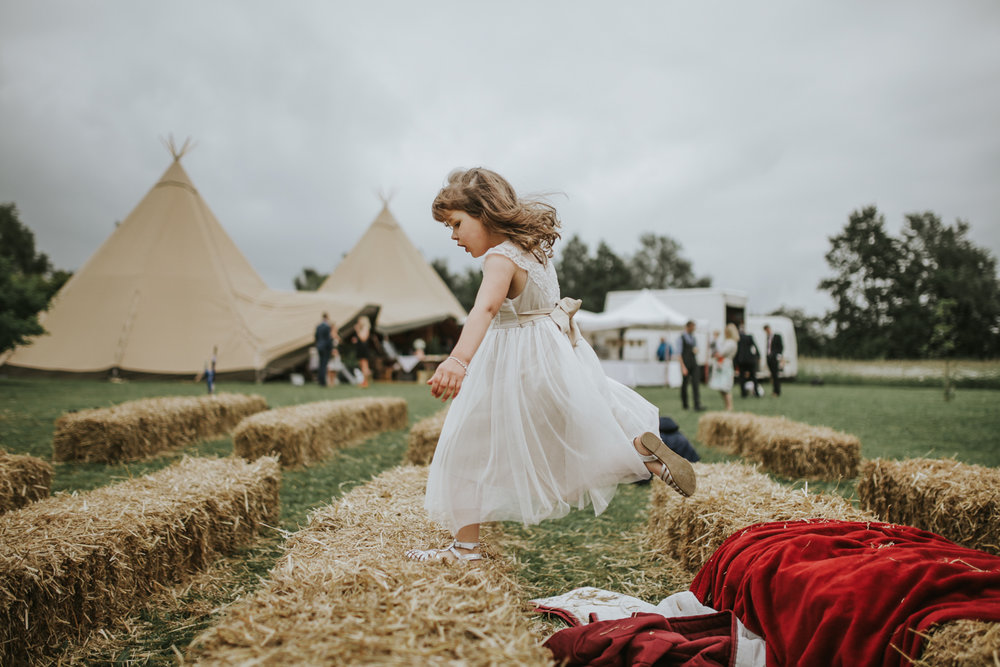 Abi-Toby-Suffolk-Wedding-Festival-Outdoor-Photographer-Photography-Devon-216.jpg