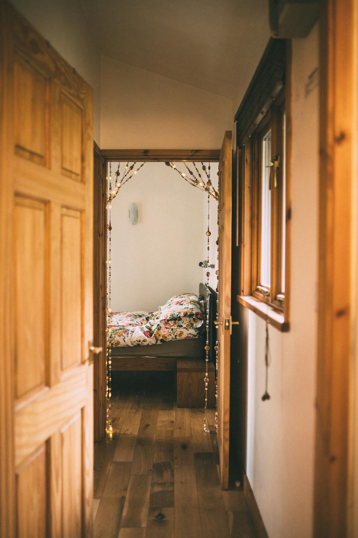 Snowdonia-Wales-Log-Cabin-Garthyfog-Darina-Stoda-Photography-8.jpg