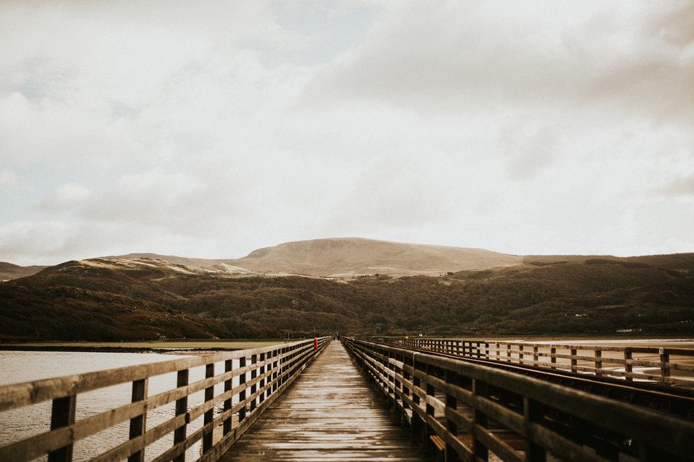 Snowdonia-Wales-Log-Cabin-Garthyfog-Darina-Stoda-Photography-27.jpg