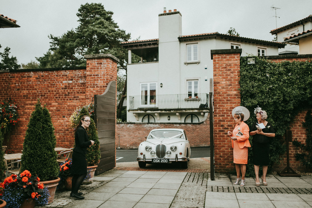 Adam-Rhiannon-Wedding-Photography-The-Italian-Villa-Poole-Bournemouth-Adventure-Beach-Darina-Stoda-19.jpg