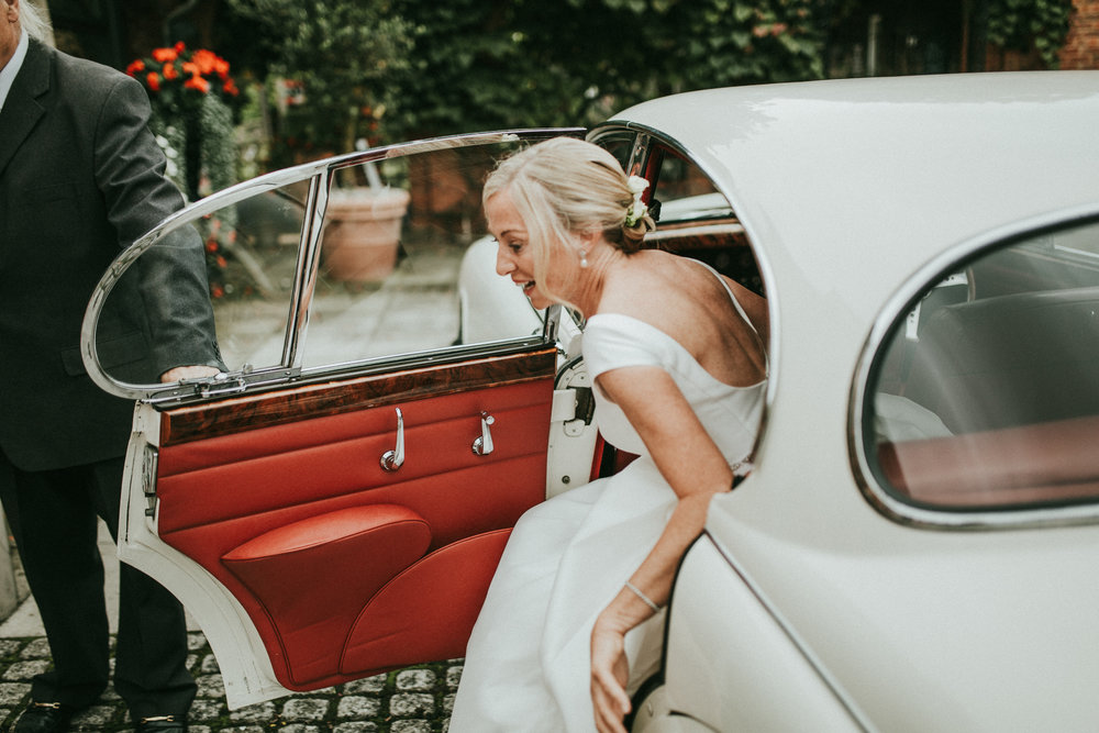 Adam-Rhiannon-Wedding-Photography-The-Italian-Villa-Poole-Bournemouth-Adventure-Beach-Darina-Stoda-21.jpg