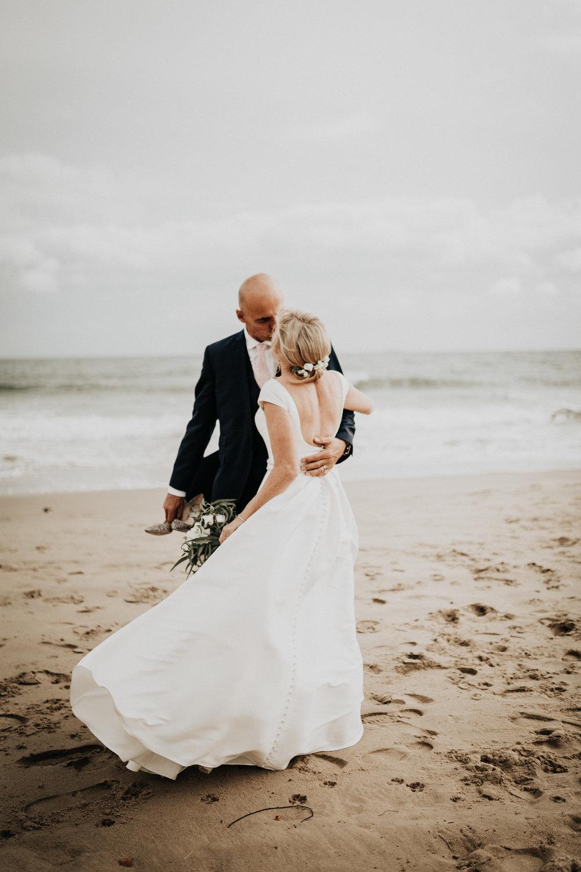 Adam-Rhiannon-Wedding-Photography-The-Italian-Villa-Poole-Bournemouth-Adventure-Beach-Darina-Stoda-36.jpg