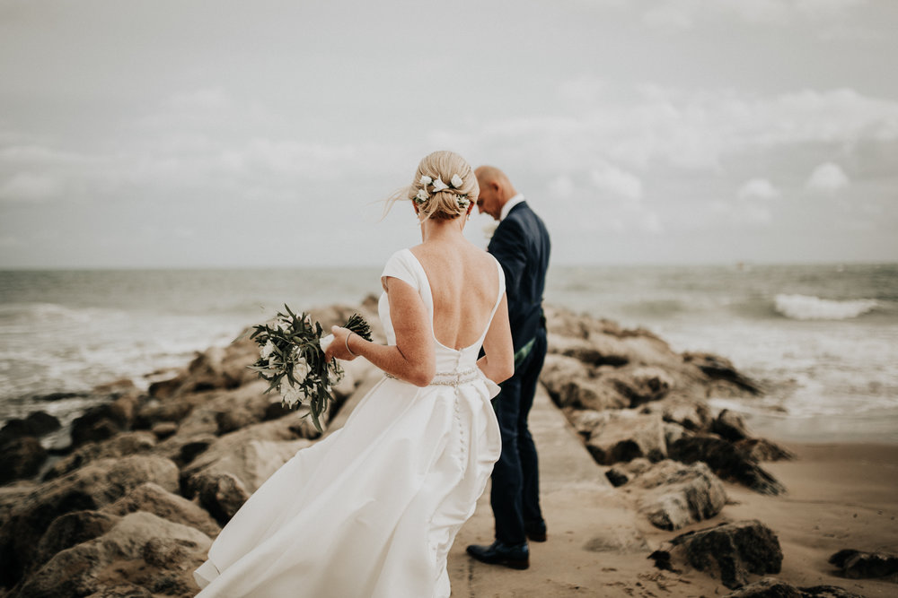 Adam-Rhiannon-Wedding-Photography-The-Italian-Villa-Poole-Bournemouth-Adventure-Beach-Darina-Stoda-39.jpg
