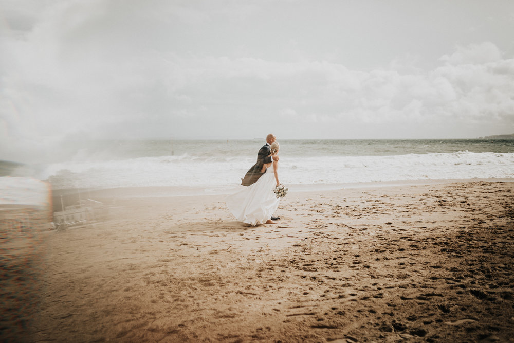 Adam-Rhiannon-Wedding-Photography-The-Italian-Villa-Poole-Bournemouth-Adventure-Beach-Darina-Stoda-44.jpg