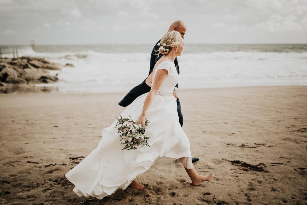Adam-Rhiannon-Wedding-Photography-The-Italian-Villa-Poole-Bournemouth-Adventure-Beach-Darina-Stoda-43.jpg