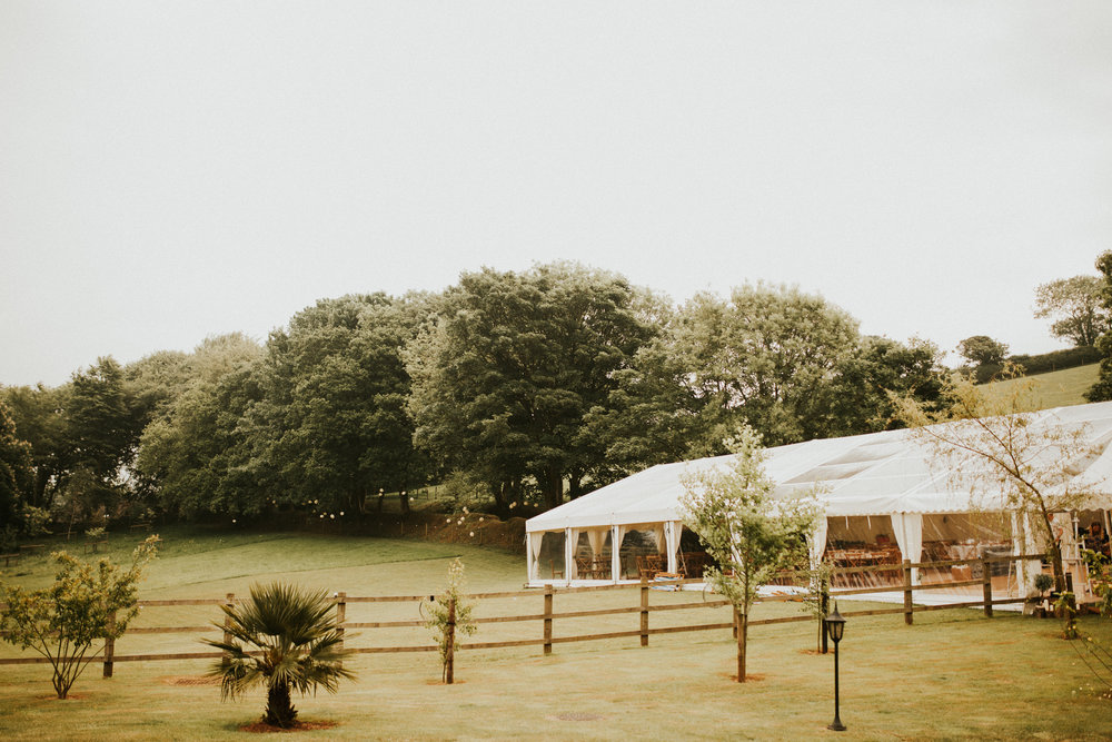 Rach-Stefan-Wedding-Devon-South-Slapton-Sands-Boho-Photography-Darina-Stoda-35.jpg