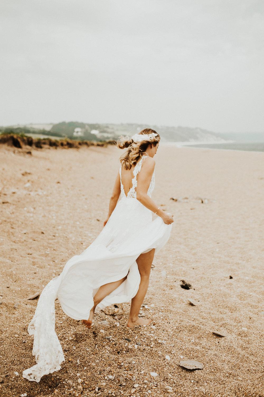 Rach-Stefan-Wedding-Devon-South-Slapton-Sands-Boho-Photography-Darina-Stoda-433.jpg