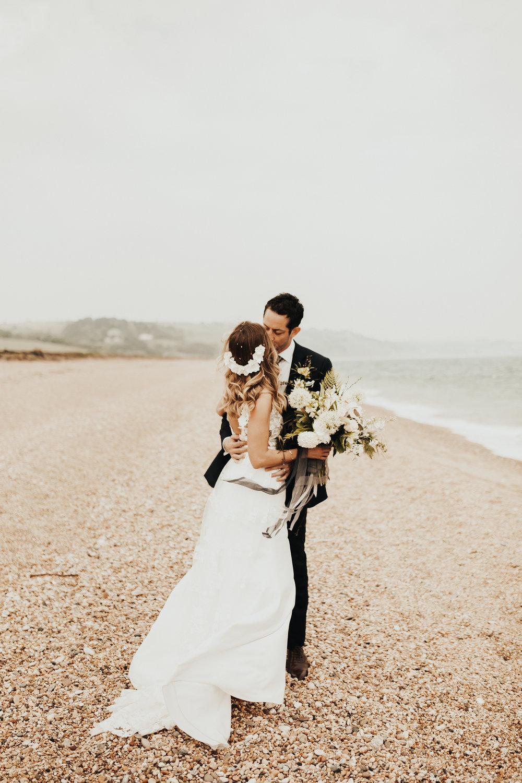 Rach-Stefan-Wedding-Devon-South-Slapton-Sands-Boho-Photography-Darina-Stoda-447.jpg