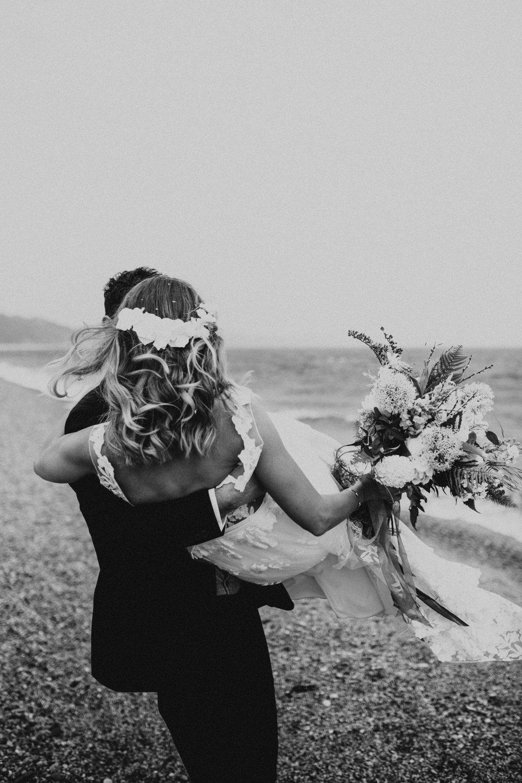 Rach-Stefan-Wedding-Devon-South-Slapton-Sands-Boho-Photography-Darina-Stoda-457.jpg
