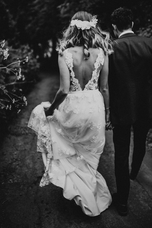Rach-Stefan-Wedding-Devon-South-Slapton-Sands-Boho-Photography-Darina-Stoda-523.jpg