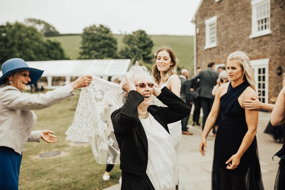 Rach-Stefan-Wedding-Devon-South-Slapton-Sands-Boho-Photography-Darina-Stoda-644.jpg