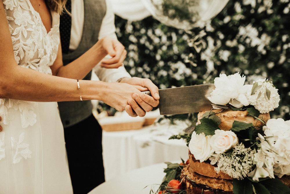 Rach-Stefan-Wedding-Devon-South-Slapton-Sands-Boho-Photography-Darina-Stoda-797.jpg