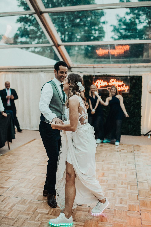 Rach-Stefan-Wedding-Devon-South-Slapton-Sands-Boho-Photography-Darina-Stoda-817.jpg