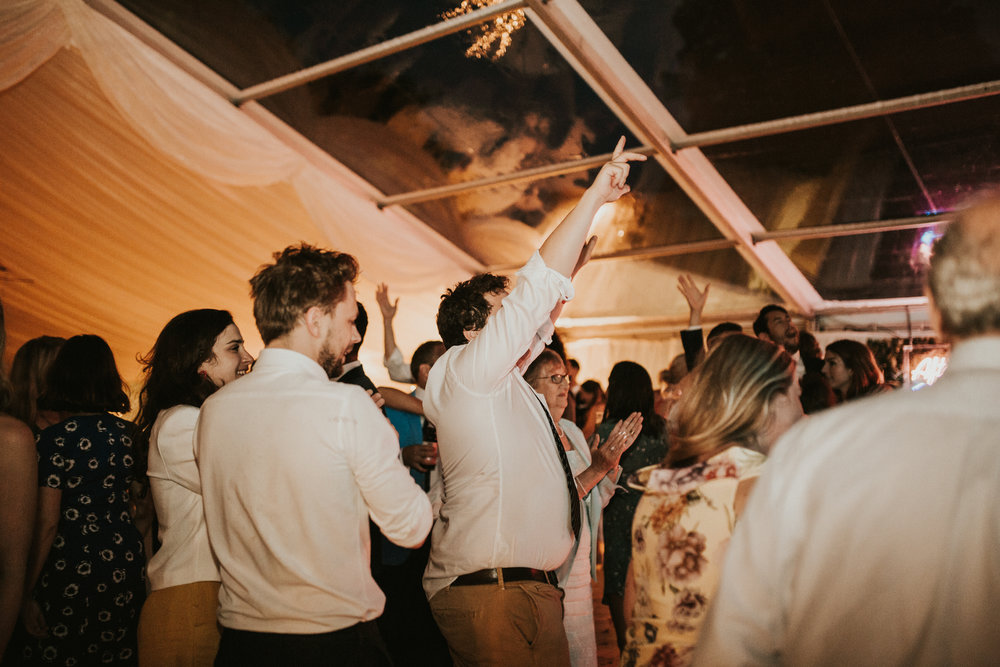 Rach-Stefan-Wedding-Devon-South-Slapton-Sands-Boho-Photography-Darina-Stoda-986.jpg