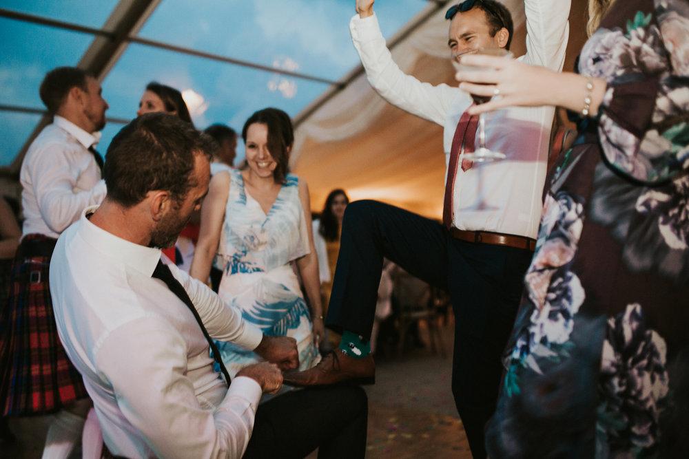Rach-Stefan-Wedding-Devon-South-Slapton-Sands-Boho-Photography-Darina-Stoda-929.jpg
