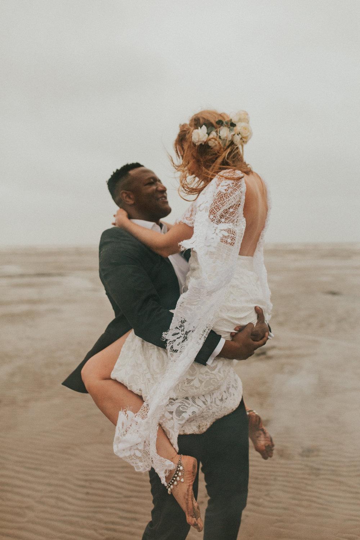 Emma-Tate-Stormy-Norfolk-Beach-Wedding-Shoot-Darina-Stoda-Photography-58.jpg