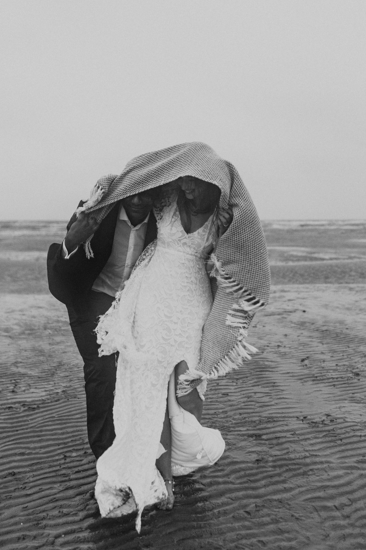 Emma-Tate-Stormy-Norfolk-Beach-Wedding-Shoot-Darina-Stoda-Photography-79.jpg