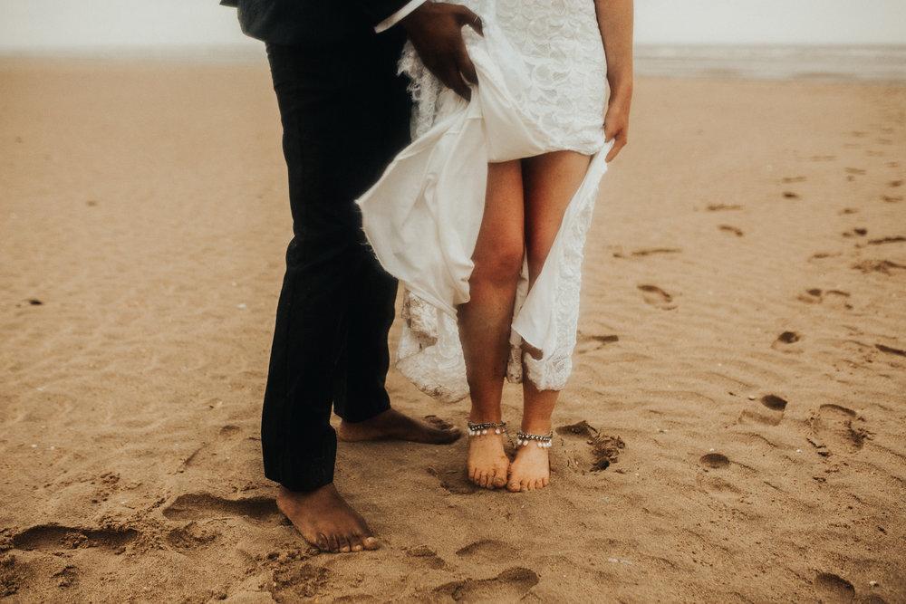 Emma-Tate-Stormy-Norfolk-Beach-Wedding-Shoot-Darina-Stoda-Photography-95.jpg