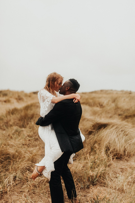 Emma-Tate-Stormy-Norfolk-Beach-Wedding-Shoot-Darina-Stoda-Photography-140.jpg